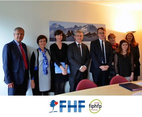 la FHF s'engage avec le FIPHFP  pour renforcer sa politique en faveur de l'emploi des professionnels en situation de handicap dans la fonction publique hospitalière.